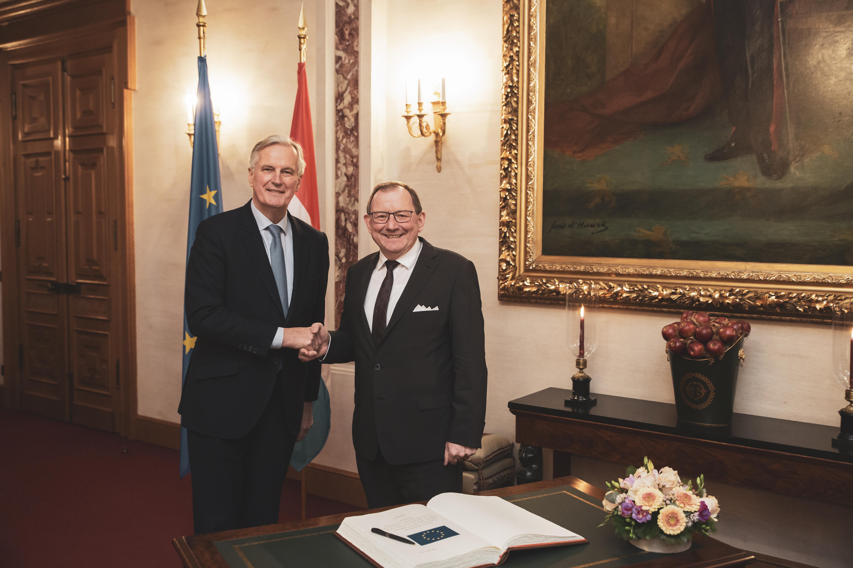 Michel Barnier, négociateur en chef de l'UE et Fernand Etgen, président de la Chambre des députés.