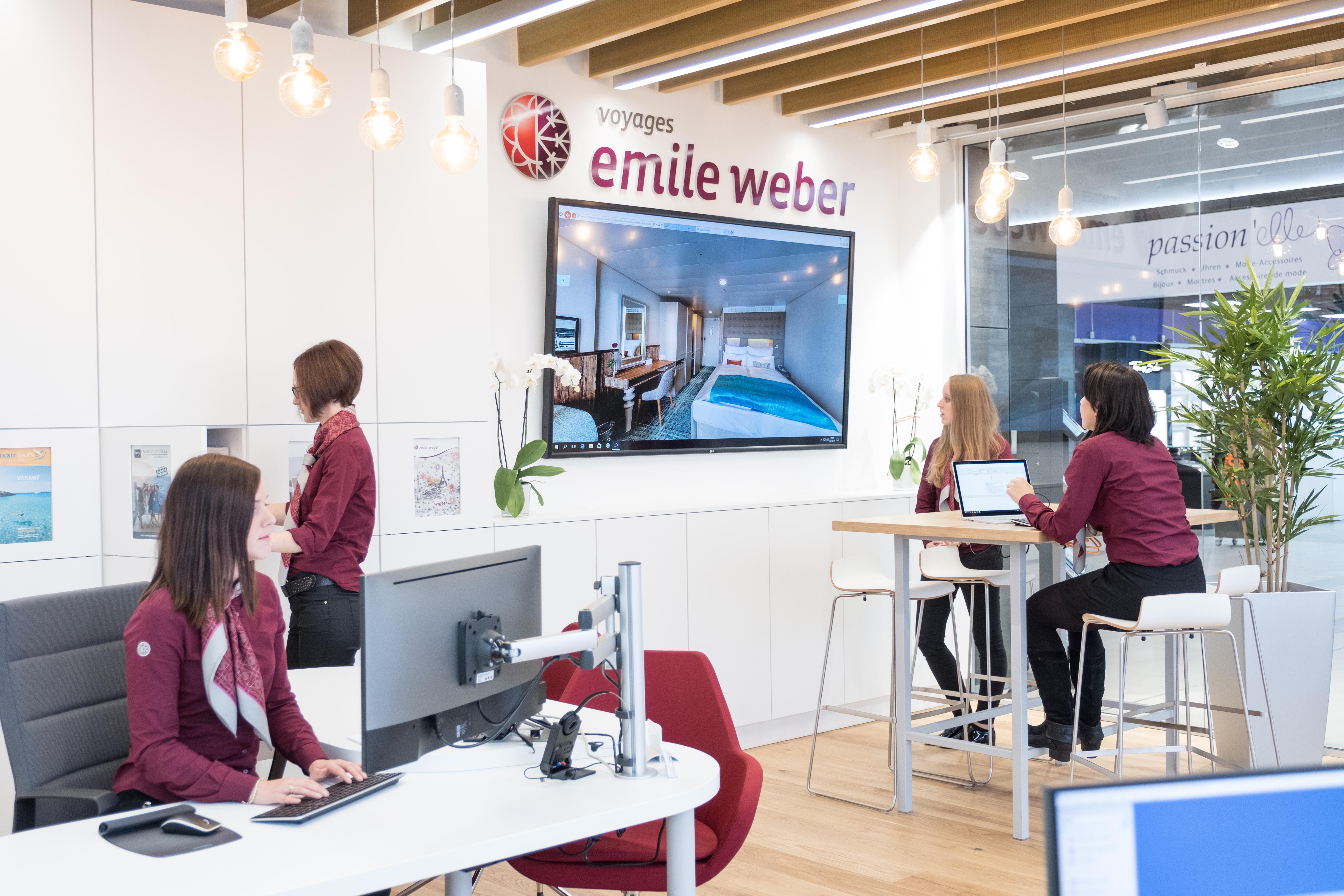 Les nouvelles générations d'agence de Voyages Emile Weber combinent technologies numériques de pointe et conseils personnalisés.