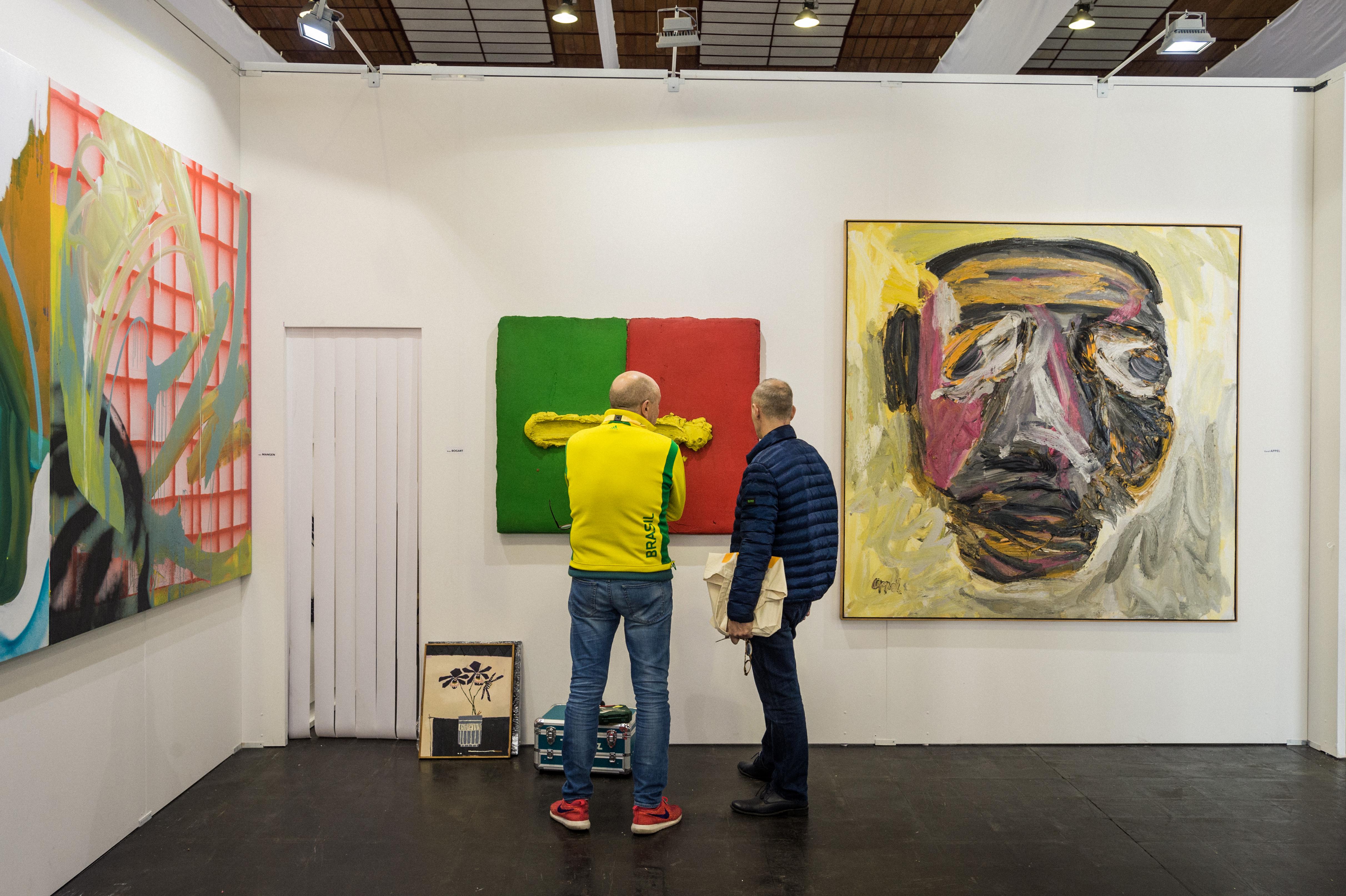 Stand Valerius Art Gallery. Photo : Mike Zenari