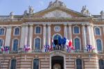 Déplacement à la mairie de Toulouse pour la délégation luxembourgeoise et visite de la Salle des illustres