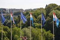 Drapeaux luxembourgeois et européens