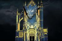 D'une durée de 14 minutes, le spectacle donne vie aux pierres séculaires de la cathédrale de Metz.