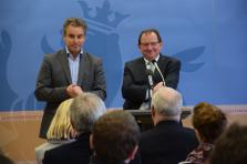 Claude Meisch, ministre de l'Éducation, de l'Enfance et de la Jeunesse et Fernand Etgen, ministre de l'Agriculture, de la Viticulture et de la Protection des consommateurs