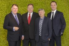 M. Peter Harris, Directeur Général de CBL, M. Gérard Marichy, Administrateur Délégué d'IMS Expert Europe, M. Patrice Gilles, fondateur du Groupe SFS et M. Antoine Guiguet Président de SFS Europe.