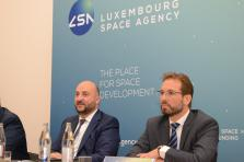 Étienne Schneider, Deputy Prime Minister, Minister of the Economy and Marc Serres, CEO of the Luxembourg Space Agency.