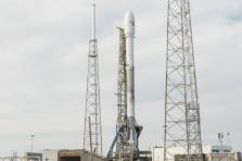 Satellite GovSat-1 et fusée SpaceX