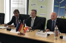 (de g. à dr.) Manfred Schmitt, président de l'Université de la Sarre et vice-président de l'UniGR, Pierre Mutzenhardt, président de l'Université de Lorraine et de l'UniGR, et Stéphane Pallage, recteur de l'Université du Luxembourg.