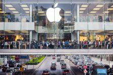 Les Apple Stores accueillent désormais des ateliers pédagogiques où le grand public peut suivre gratuitement des cours.