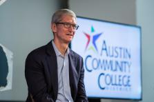 Apple a bondi de 20% en bourse depuis début2018 et les marchés attendent une innovation supplémentaire de la part des équipes de Tim Cook.