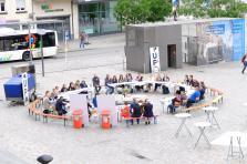 La «Table de Midi» organisée le 13 juin par Up Foundation sur la Place du Marché à Esch-sur-Alzette avait réuni une trentaine d'acteurs locaux et nationaux.
