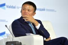 Jack Ma prépare sa succession depuis 2013, date à laquelle il a quitté le poste de CEO d'Alibaba au profit de Daniel Zhang.