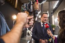 Xavier Bettel, DP