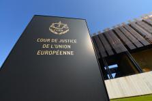 La Cour de justice déclare que «l'article50 TUE autorise la révocation unilatérale de la notification de l'intention de se retirer de l'Union jusqu'à la date de la conclusion de l'accord de retrait.»