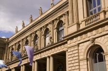 «La Bourse de Francfort est à deux heures de route de notre siège luxembourgeois et jouit d'une solide réputation», explique Andy Bowyer, CEO de Kleos Space.