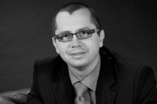 Il y a un an, Eric Rosin était perçu comme l'homme idéal pour le poste de directeur. Aujourd'hui, le conseil d'administration s'en est séparé.