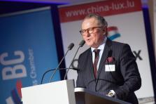 Dirk Dewitte, Chinalux