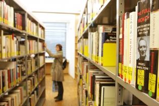 Bibliothèque, livres