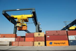 Le Grand-Duché a exporté au cours du premier semestre de l'année pour 7,3 milliards d'euros de biens, dont 6,2 milliards d'euros à l'intérieur de l'Union européenne, soit une hausse de 4% par rapport à l'année dernière.