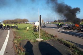 L'A4 a notamment été bloquée dans les deux sens dans le secteur de Sainte-Marie-aux-Chênes et au péage de Saint-Avold.