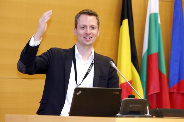 Serge Wilmes: «C'est un projet qui mérite vraiment réflexion. Si on ne veut pas devenir des 'Schildbürger', il faut avancer concrètement sur ce dossier.».