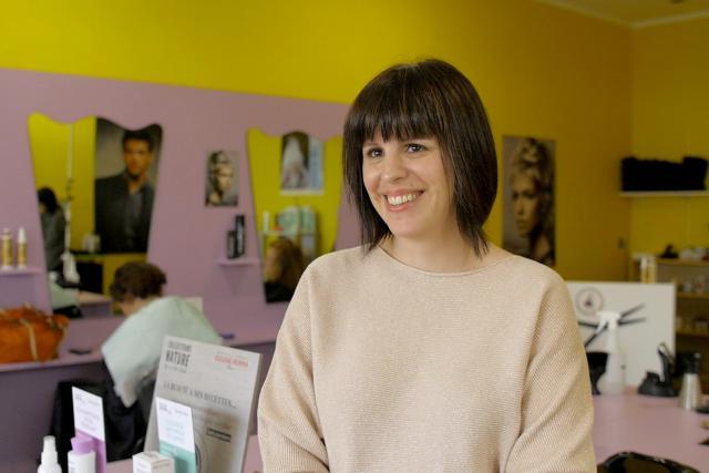 Sandrine Multari, propriétaire du salon de coiffure Aux Anges de Pétange