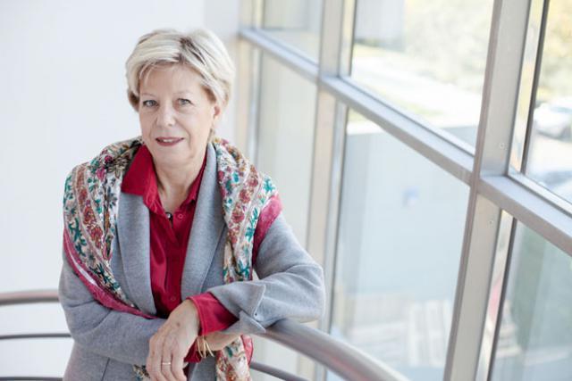 Annie Frère