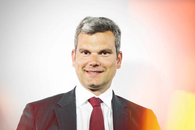 Alexandre Schmitz, private banking manager (Banque Degroof Petercam Luxembourg)