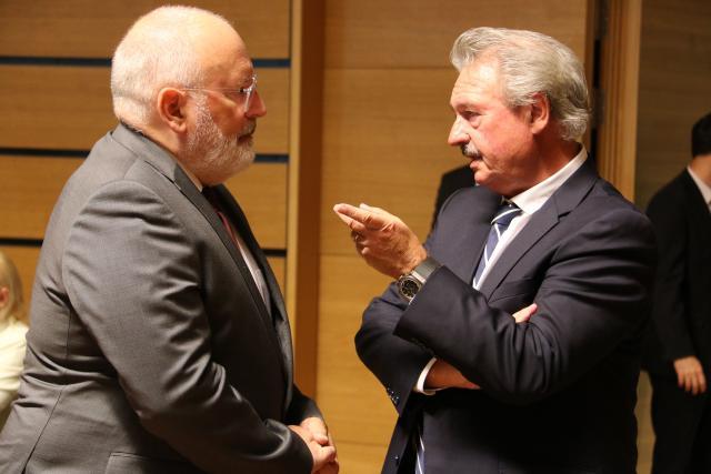Jean Asselborn avec le Vice-Président de la Commission, Frans Timmermans au Conseil «Affaires générales» (CAG) de l'Union européenne.