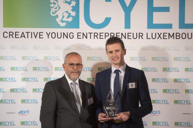 Antoine Hron (à droite), co-associé au sein de la Start-up Klin,a remporté la 12ème édition du Prix Cyel.