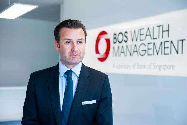 Anthony Simcic assure le développement de Bank of Singapore en Europe.