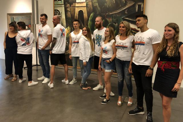 """La première collection """"fairtrade"""" Luxembourg a été présentée officiellement lundi au MNHA devant la presse et quelques commerçants partenaires."""
