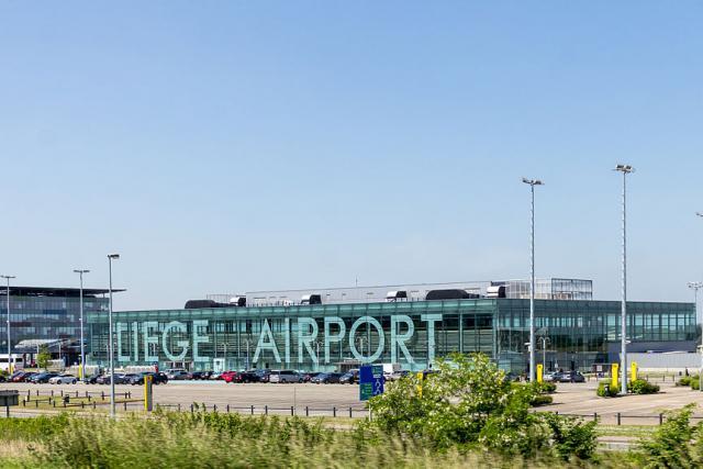Le russe Volga-Dnepr Group (VDG) et son partenaire britannique CargoLogicAir (CLA) ont signé un accord de coopération stratégique avec l'aéroport de Liège pour la gestion des opérations de fret des deux entreprises, soit jusqu'à 30 vols par semaine.