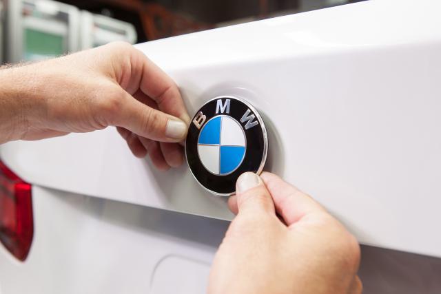 Les sociétés de leasing du Luxembourg attendent encore des informations de BMW avant d'informer leurs clients des modèles concernés.