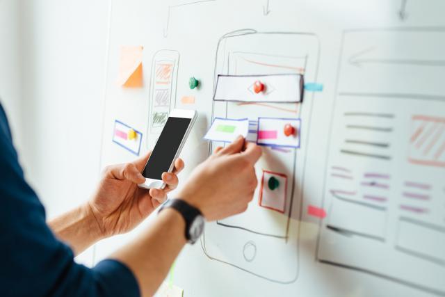 Disposer d'une application mobile pour son entreprise permet de fidéliser les clients et d'améliorer la notoriété et la visibilité.