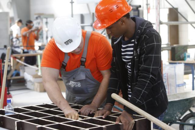 La bonne santé économique du pays ne semble pas suffisamment profiter aux travailleurs, estime la CSL.
