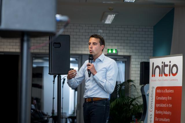 Ken Van Eesbeek, directeur commercial au sein de la société liégeoise Gambit, qui est précurseur dans la mise au point de robots-conseillers pour le secteur financier.