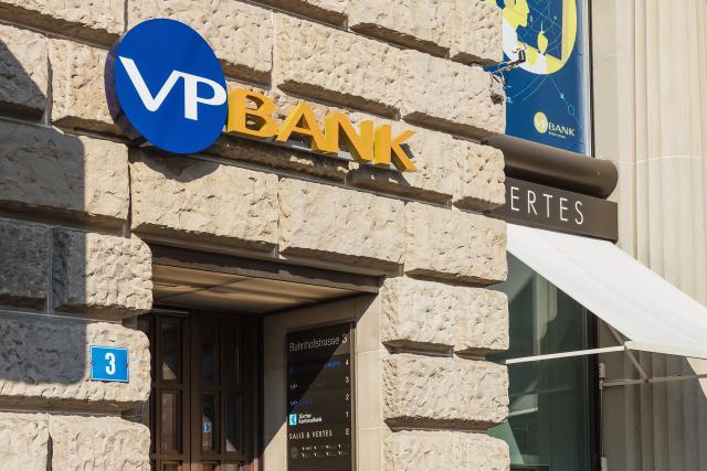 Cette acquisition se fait par la filiale luxembourgeoise de l'établissement du Liechtenstein et ne concerne que les activités luxembourgeoises de Catella Bank, qui compte également une présence en Suède.