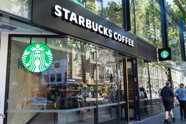 En parallèle de l'élargissement de son partenariat avec Alsea, Starbucks va fermer un centre de soutien à Amsterdam. 190 personnes seront licenciées.