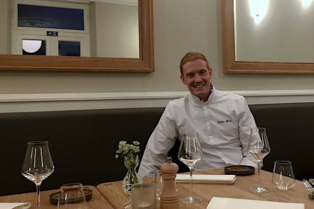 Thomas Murer a été rendu célèbre par l'émission Top Chef où il a terminé demi-finaliste.