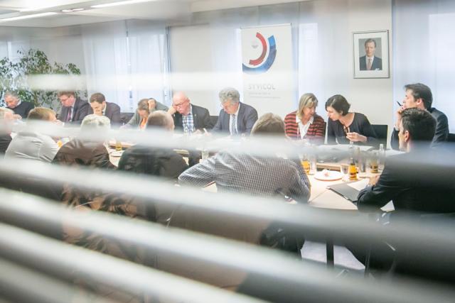 Constitué en syndicat intercommunal, le Syvicol souhaite obtenir un statut équivalent aux chambres professionnelles pour pouvoir peser dans le débat politique.