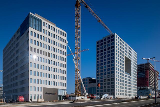 La prise de possession des nouveaux bureaux du personnel d'Alter Domus (à gauche sur cette photo) à la Cloche d'Or a dominé l'actualité cette semaine.
