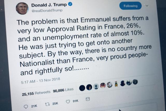 «Le problème est qu'Emmanuel souffre d'une cote de popularité très faible en France, 26%, et d'un taux de chômage de près de 10%», a ainsi critiqué Donald Trump.