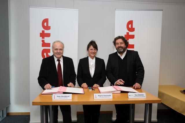 Peter Boudgoust (président d'Arte), Régine Hatchondo (vice-présidente d'Arte) et Guy Daleiden (directeur du Film Fund Luxembourg) ont signé l'accord de partenariat ce mercredi.
