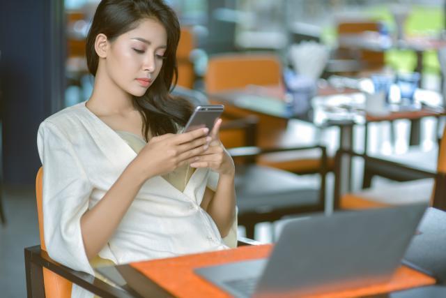 Les nouvelles technologies ont rapidement transformé les manières de travailler.