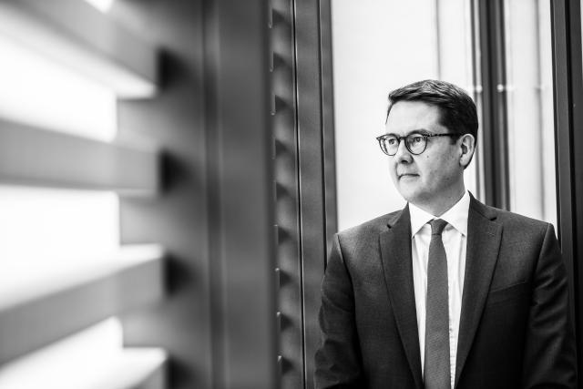 Yves Nosbusch: «En zone euro, le taux de chômage est tombé en dessous de 8% au mois de novembre, ce qui représente le taux le plus bas en dix ans.»