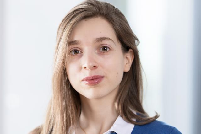 Anne Klethi est une avocate spécialisée en droit fiscal européen et international, ainsi qu'en droit fiscal luxembourgeois et en litige fiscal.